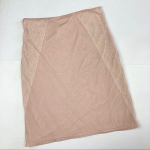 Assests by Spanx Luxe & Lean Nude Half Slip XL